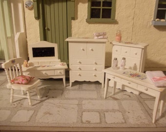 Dolls house bedroom set 5 piece furniture set for a dollhouse 1 12th scale miniatures.