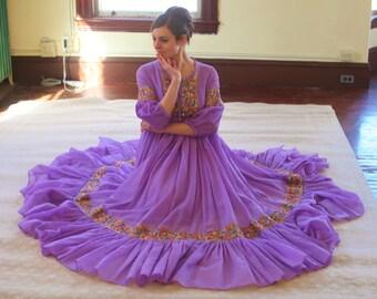 Beautiful 1960s Purple Flower Dress