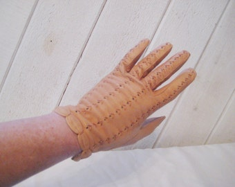 Tan Leather dress gloves, formal gloves, open weave embroidered gloves, decorative evening, 50s 60s mid century, size 7, 1483