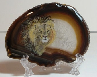 Lion Painting on Agate