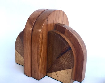 Original Art Deco wooden bookends with graphic design (TT9)
