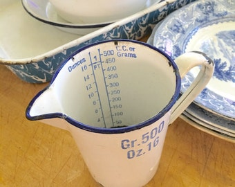 Vintage French Enamelware Chemistry Measuring Cup, 16 oz  French Country