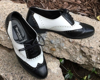 90's Men's Dress Shoes Black and White Two Tone Wingtip Oxfords