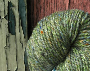 Green Gray Heather Peace Fleece 4 ounce skein. Wool Mohair. Knit Crochet Felt. Made in New England. Ships from Vermont USA
