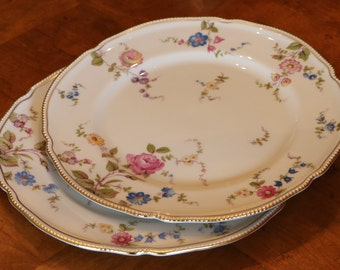 """Castleton China (USA) """"Sunnyvale""""  Floral Pattern Set of Dinner Plates With Gold Pearl-Style Embossed Trim"""