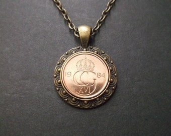 Sweden Crown Coin Necklace in Pendant Tray  -1984 Sweden Coin Pendant -
