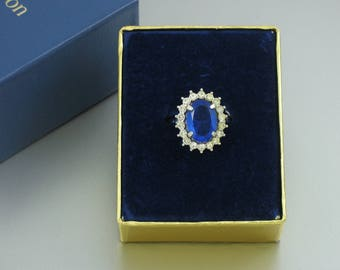 1972 Vintage AVON 'Creation In Blue' Silvertone & Rhinestone Ring with Original Box. Size 8 ring. Vintage Avon Ring. Vintage Avon Jewelry
