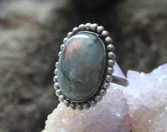 Pale Purple Labradorite Sterling Silver Ring