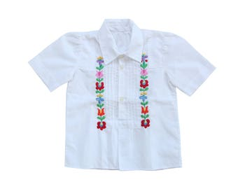 Boho folk white floral embroidered girl's shirt size 4 / 5 years vintage 70s