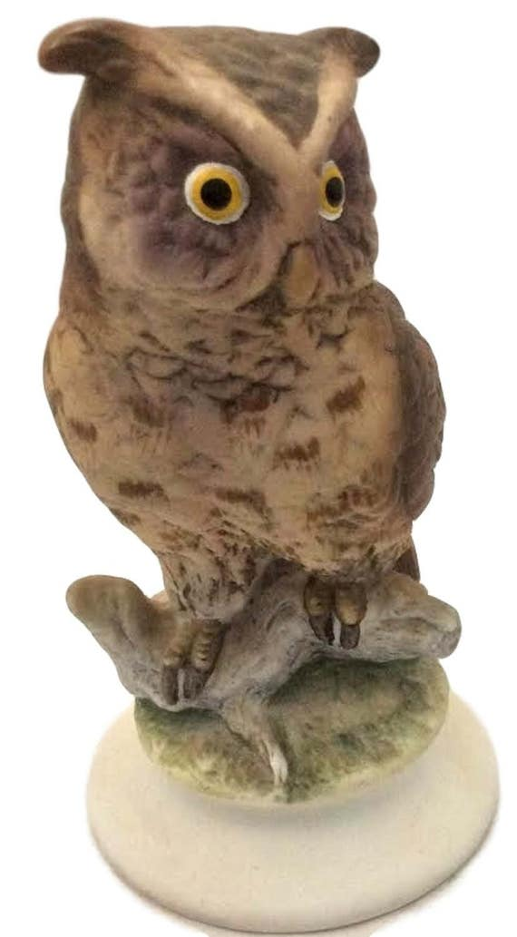 Owl Figurine Hand Painted Bisque Vintage Lefton Bird Knick Knack KW 866, Original Label