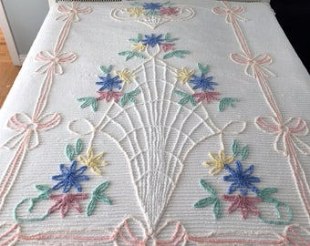 """Vintage Chenille Bedspread White with Pastel Floral Full/Double 86x102"""" Fresh Beautiful"""