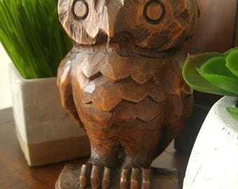 Vintage Hand Carved Wood Owl, Retro Hand Carved Owl