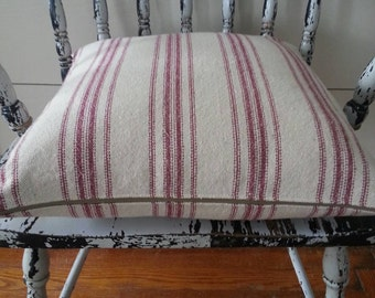 Pillow Cover/Cream Grain Sack Fabric/Burgundy Stripe/Zipper Closure