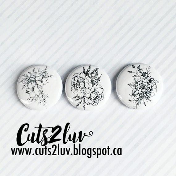 """3 Badges 1"""" Fleurs à la main Valérie"""