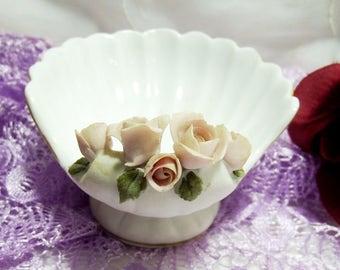 Vintage Lefton Seashell