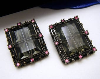 Vintage Sarah Coventry Midnight Magic Clip Earrings Smoke Window Glass Pink Rhinestone