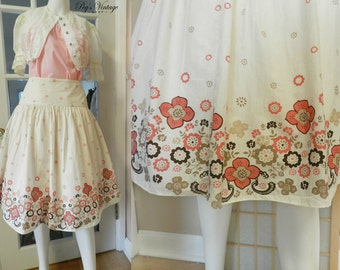 Vintage 1960s White Floral Border Print Skirt, Cotton Full Circle Skirt, Size M Novelty Skirt