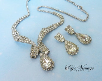 Gorgeous! Vintage Swarovski Crystal Necklace & Earrings Set, Demi Parure Set, Teardrop Clear Crystal Rhinestone Necklace Earring Set