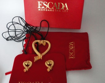 Escada Vintage Gold Earrings and Necklace Set Hearts Hapachico Haute Couture