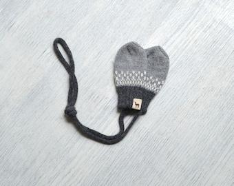 Newborn alpaca mittens / baby mittens / baby knit mittens / knitted baby mittens 0-12 months / baby alpaca mittens / baby shower gift