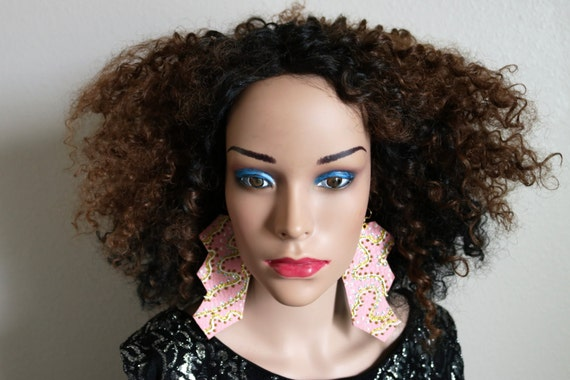 Leather earrings - Pink hand painted earrings - Gold, silver, white glitter earrings - Pale pink earrings - Lightweight earrings