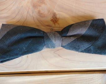 Vintage Striped Bow Tie