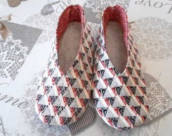 SLIPPERS red and black geometric designs T40 woman