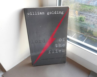 Lord of the Flies by William Golding - educational edition - faber and faber literature fiction paperback vintage books gift ideas english