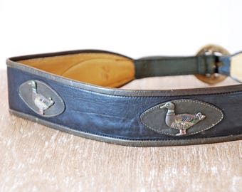 Vintage Leather Waist Belt, Dark Leather Woman Waistband, Boho Style Accessory, Ducks Hunters Belt, Old Tooled Leather Belt