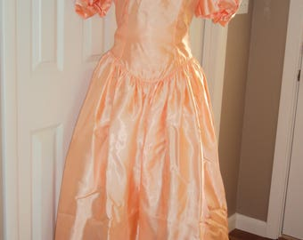 Reserved 90s Womens Peach Satin Dropped Waist Prom/Bridesmaid/Special Occasion/Formal Tea Length Dress Size 12-14/ Apricot/Coral Satin Dress