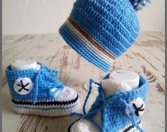Baby set Hat Shoes Sneakers blue with Pompom boy