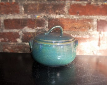 Covered Casserole Dish - Green/Blue/Purple