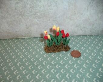 1:12 scale Dollhouse Miniature Tulips