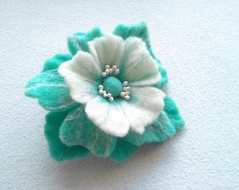 Wool felt jewelry, Blue Turquoise White  Felt Flower Brooch, Hair clip Flower,Pin Flower,Unique,Gift for Her,Felt Pins, Statement brooch