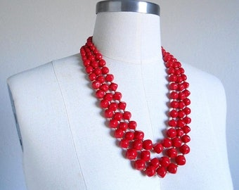 30% SALE - 80s vintage necklace - red beaded necklace multi strand - 80s Importance necklace