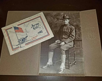 World War 1 Grouping Portrait and Souvenir Booklet 1917 Army