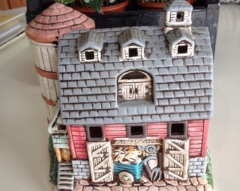 """Lefton """"Cole's Barn"""" Hand painted light-up ceramic barn from 1988"""
