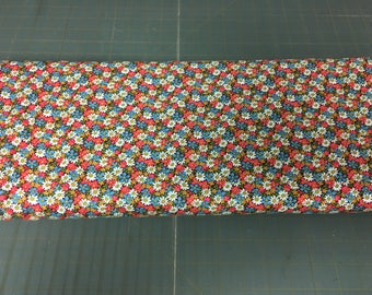 no. 316 CH Packed Daisies Fabric by the yard