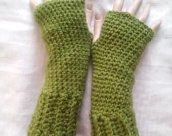 Crochet Fingerless Gloves- Madeleine Avocado