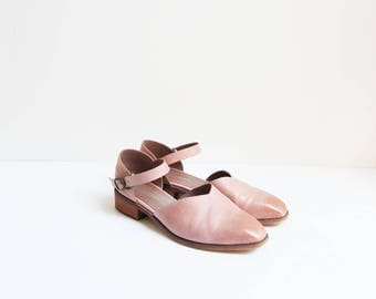 Autumn Damask Pumps | vintage dusty pink leather mary jane flats