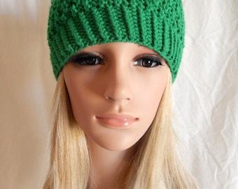 Knit Hat Beanie Handmade... Kelly Emerald Green  .. (Ready to Ship)