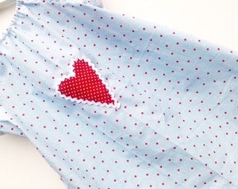 Dotted tunic blouse with heart