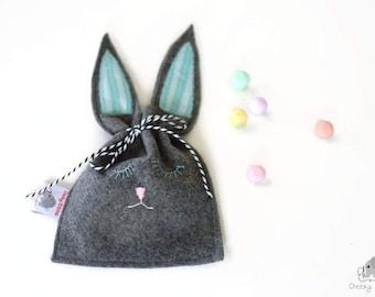 Easter pouch, bunny bag, Easter bag, bunny rabbit bag, Easter gift bag, bunny ears bag, bunny ears pouch, small felt bag Easter