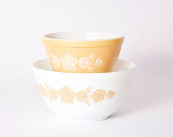 Butterfly Gold Pyrex Bowls for Corning - Model 401 and 402 - Nesting Bowls - Bowls Set of 2