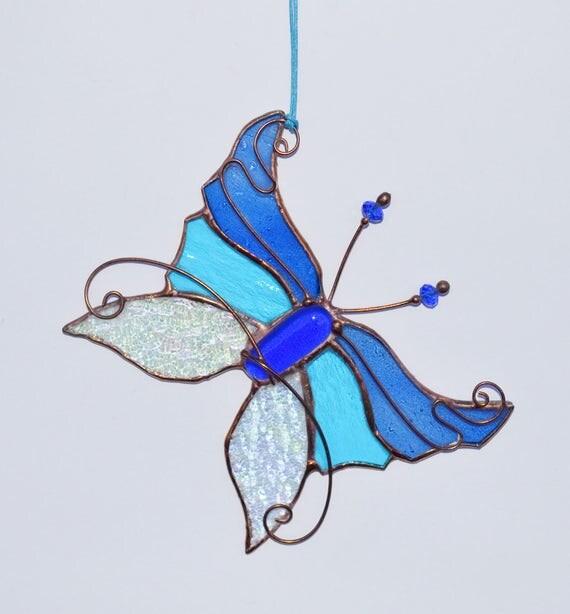 vitrail tiffany verre capteur papillon d coration int rieure. Black Bedroom Furniture Sets. Home Design Ideas