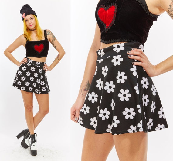 Vtg 90s Black and White DAISY Floral Print Exotic Micro MINI Skater SKIRT Stretchy Booty Pin Up Club Kid Raver Goth Grunge Punk Y2K Cyber