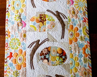 Easter Bunnies Table Runner PDF pattern - Patchwork and Quilted table runner, applique, bunnies & easter eggs, colourful table runner, bunny