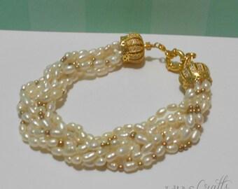 Pearl bracelet, 7 strings
