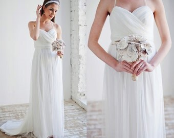 Nymph / Antique wedding dress ethereal wedding dress Bohemian wedding dress for a pregnant bride Pregnant bride dress Maternity wedding