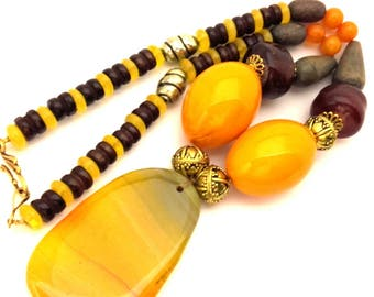 Vintage Necklace Amber Morocco Pressed Resin Orange Oval Egg Brown Wood Beads Ethnic Folk Style